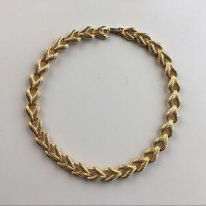 Goldtone Textures Link Flat Vintage Necklace